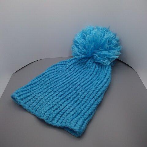 【送料無料】大きなボンボンのついたニット帽☆色:ライトブルー☆アクリル100%