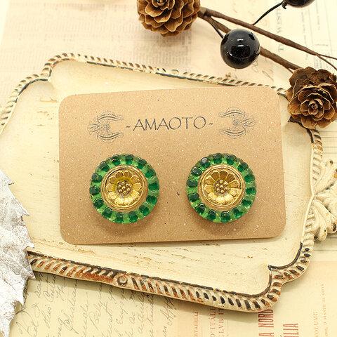 チェコガラスイヤリング -green_gold flower-※ピアスに変更可能