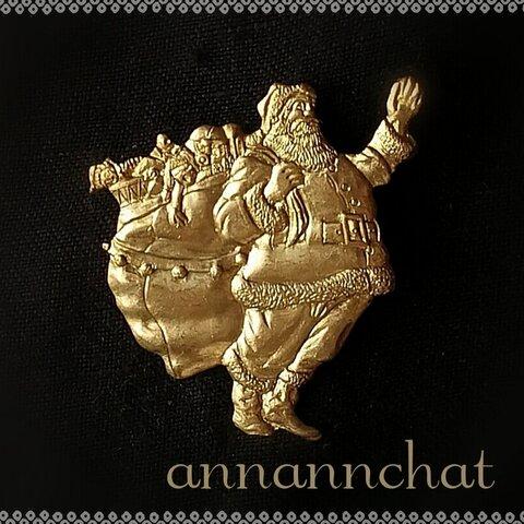 【ビンテージ サンタクロース  (約42mm)真鍮の ピンブローチ】ラペルピン クリスマス