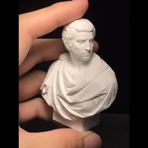 石膏像ブルータスフィギュア 東京藝術大学の学生が作った石膏像ブルータスフィギュア!