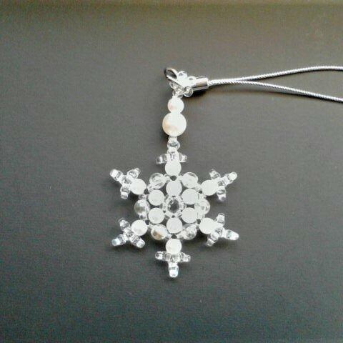 ストラップ 雪の結晶