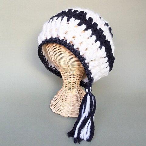 タッセル付きふんわりボーダーニット帽