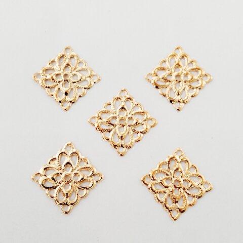 透かしパーツ スクエア 花 (増量20枚) シンプル イヤリングパーツ イヤリング シンプル ゴールド