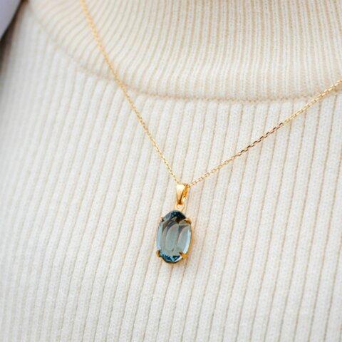 ヴィンテージスワロフスキーのペンダント Indian sapphire