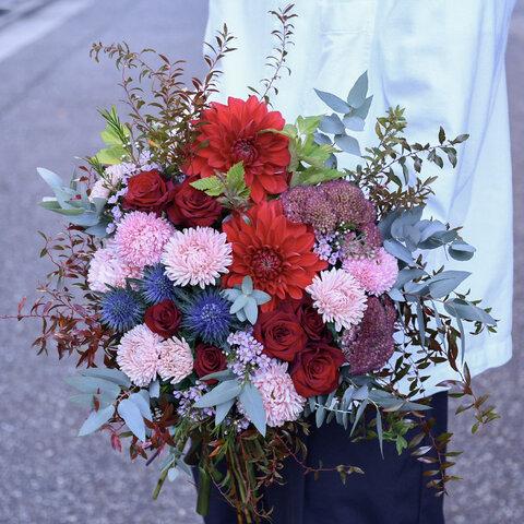 赤バラを使った花束 ブーケ 生花 誕生日 記念日 発表会
