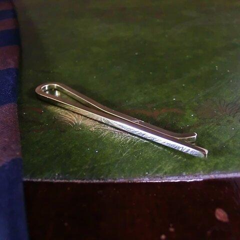 真鍮製のタイピン 細身のネクタイピン シンプル/タイバー/ハンドメイド