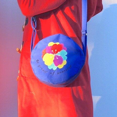 カラフルサザンカ刺繍 丸ショルダーバッグ