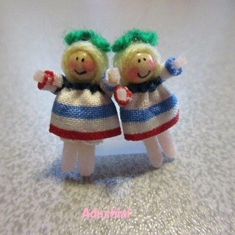 お人形さん イヤリングorピアス (ボーダーさん・PARISカラー)