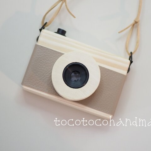 ☆tocotocohandmade☆木のカメラ☆大☆シナモン☆