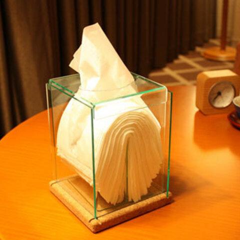 「高級感のあるコルクとアクリルのクリスタル縦型ティッシュケース」ティッシュボックス 透明 クリア ガラス色