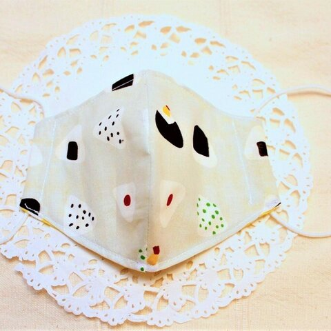 再販2♪子供(小学生)用マスク おむすび柄