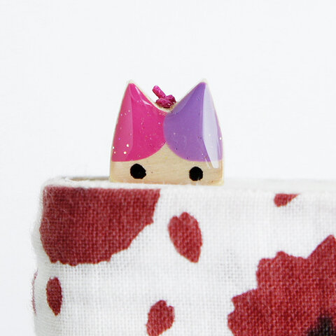 木製ネコしおり  ピンク・紫(ブックマーカー)