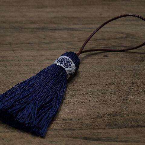【再販】✤北欧タッセル✤【フォークロア】北欧柄・雪柄・伝統柄 オーナメント・バッグチャーム 紺