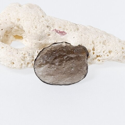 アグニマニタイトの片面磨き