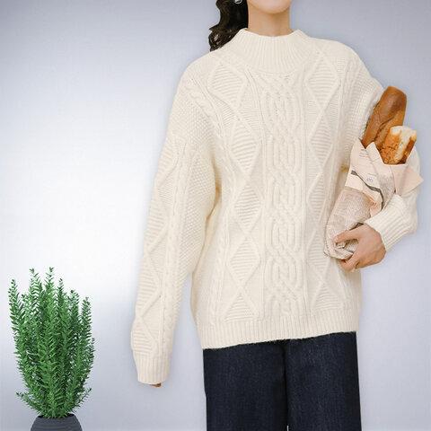 ホワイト 長袖 セーター ニット トップス レディース 冬 ケーブル編み おしゃれ 通勤 ゆったり 上品 ナチュラル 体型カバー フェミニン