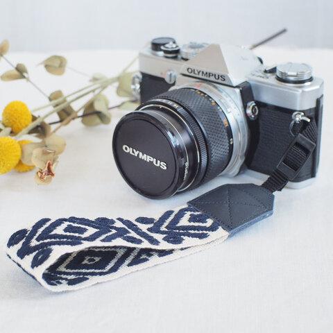 ギリシャ 刺繍 カメラ ハンドストラップ
