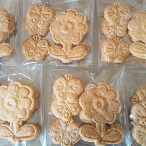 お花と蝶々のクッキー(お花2枚蝶々3枚)×2袋セット