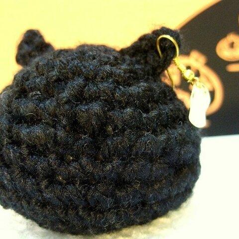 ハロウィン黒猫 大人のあみぐるみ まるねこ・月