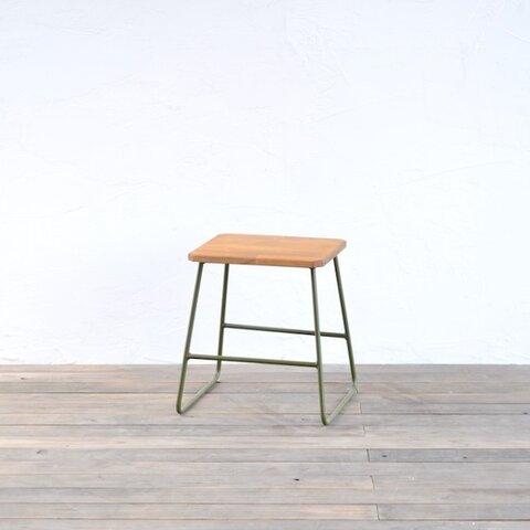 トラぺゾイドスツール LOW (PINE) / 椅子・チェア・踏み台