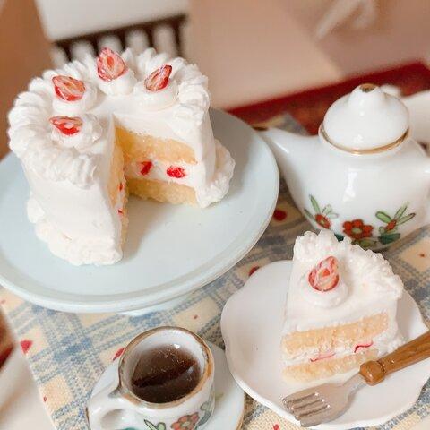 ミニチュア フェイクスイーツ イチゴのショートケーキ