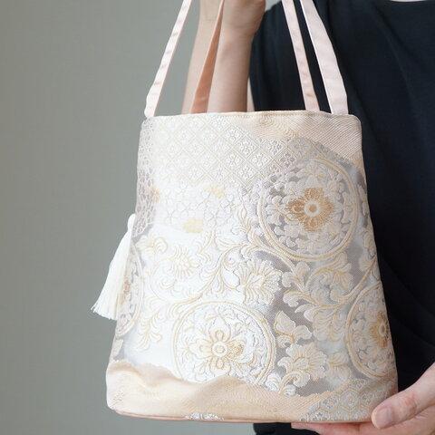 【西陣 服部織物 花唐草 サーモンピンク シルク 帯リメイク コロンとしたミニバック】日常使い、結婚式、パーティーに。