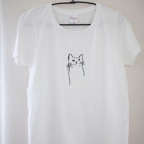 ねこのペン画Tシャツ