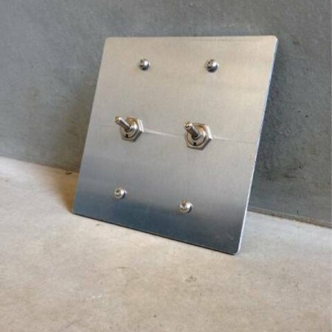 2口 トグル スイッチ カバー プレート セット アルミ リノベーション 電源