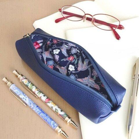 本革と和文様のペンケース【絹縮緬】- 鶴文様