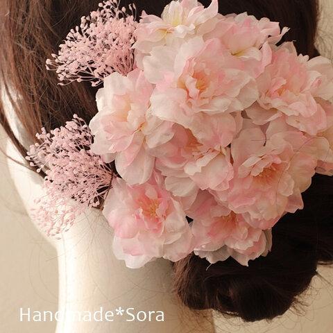 【豪華】成人式髪飾り♡桜とかすみ草の髪飾り☆ヘッドパーツ☆ヘッドドレス☆髪飾り