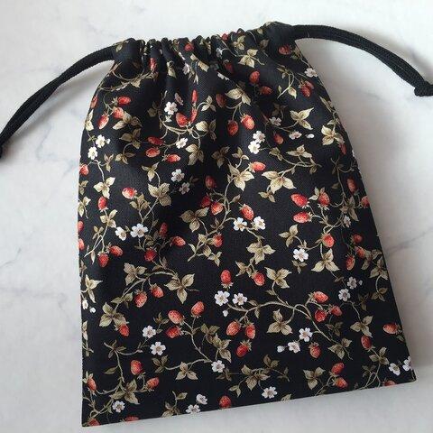 巾着袋Sサイズ給食袋向き(ブラックプチイチゴ柄)