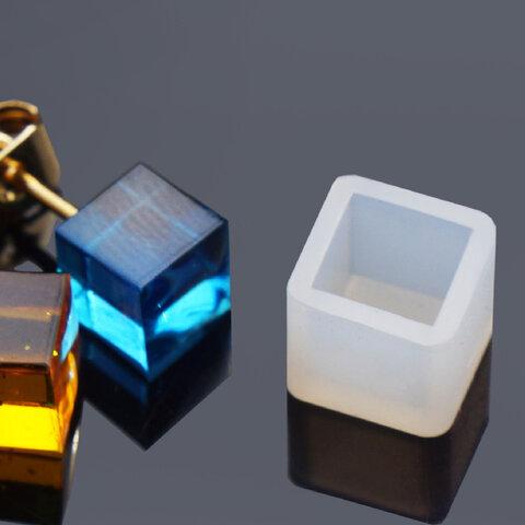 ピアス用 シリコンモールド キューブ (型番:A2 ) ピアス 用 シリコン型