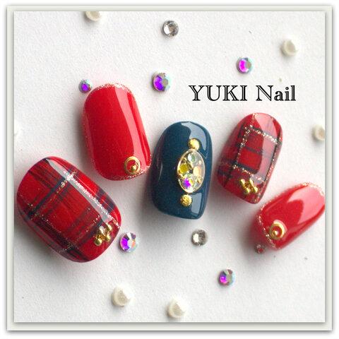 赤×チェック/スワロフスキー/付け爪/ネイルチップ/ネイル/上品/華やか/シンプル/綺麗/ジェル