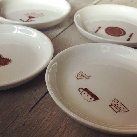 らくがき豆皿4枚セット