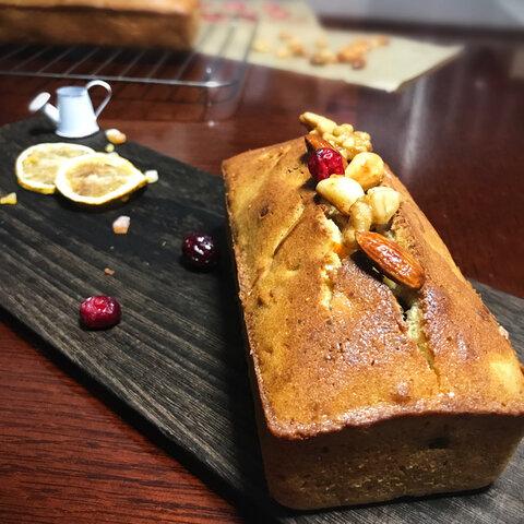【ラム酒漬】『いちじくとオレンジピール・贅沢ナッツのしっとりケーキ』