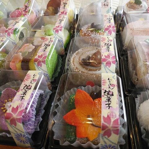 新作 ちりめん和菓子 8個セット お得です。