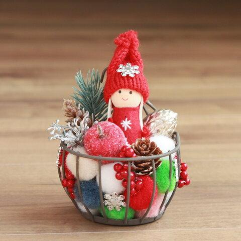 クリスマス・ミニチュアガーデン(赤頭巾ちゃん・ワイヤーかご)