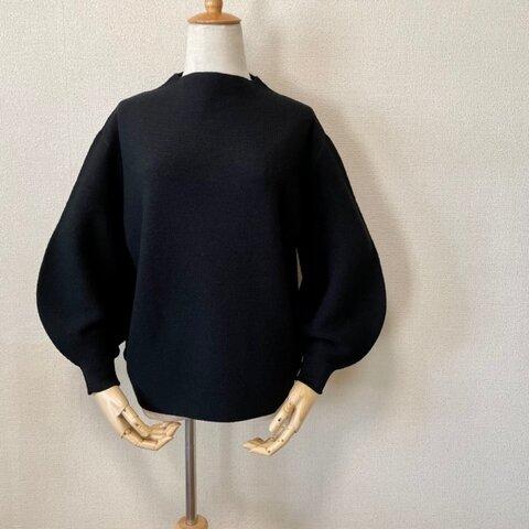 ホールガーメント パフスリーブボトルネックセーター ブラック