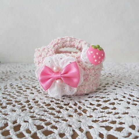 ♪手編みミニチュアバッグ リボン イチゴ