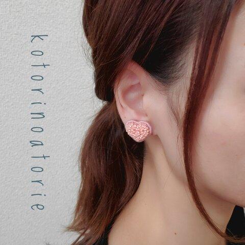 立体ビーズ刺繍♡ハート型イヤリング
