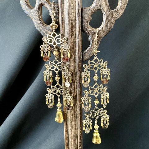 蓮の瓔珞(ようらく) 耳飾り 03143