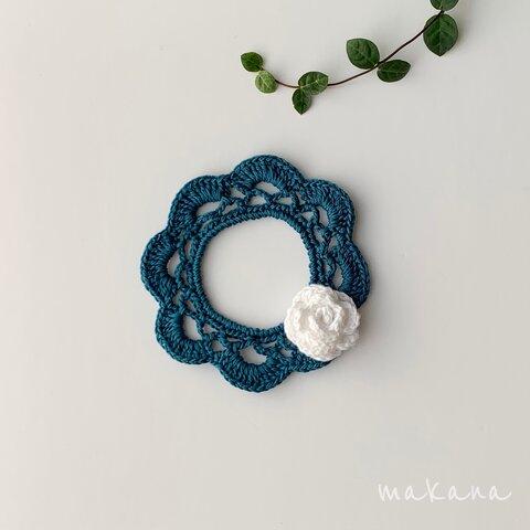 手編み ブルーグリーン 白 首飾り♡