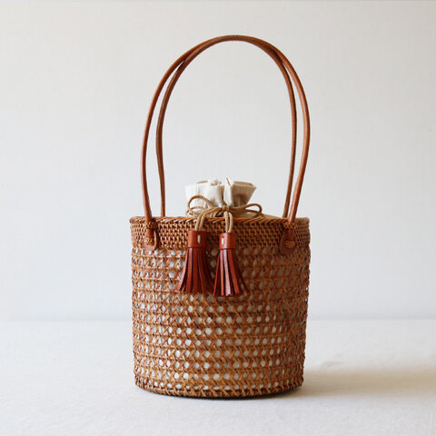 最終SALE。anvai「手編む鞄」アタ かご バッグ バケツ トートバッグ 巾着袋&タッセル 着物 和装Z69F