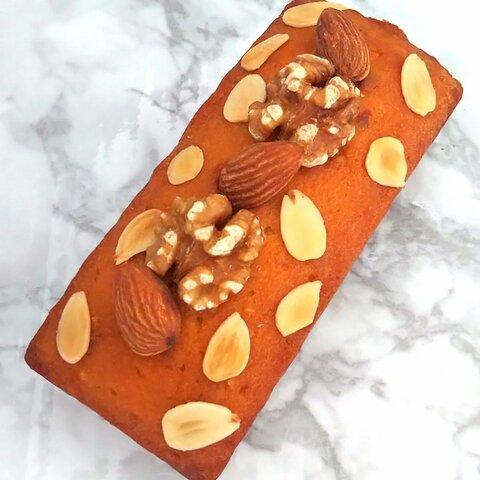 「美容ケーキ」petitアーモンド&蜂蜜グルテンフリーパウンドケーキ