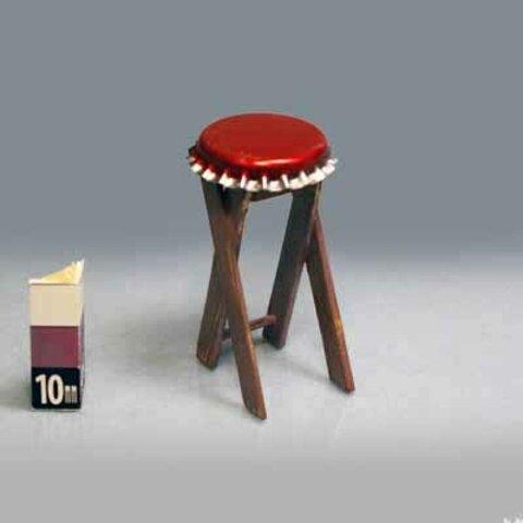 王冠丸椅子(IO5)