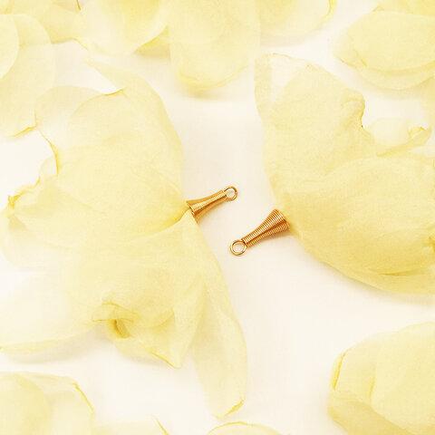送料無料 フラワータッセル おおきい炙り花びら キスカ色 10個 タッセルパーツ ピアスイヤリングのチャーム等に フラワー アクセサリーパーツ  AP1491