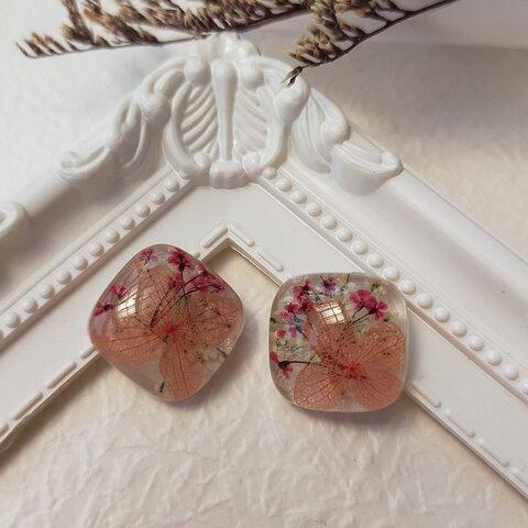 紫陽花とかすみ草のイヤリング、ピアス