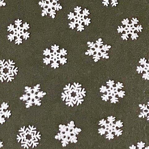 雪の結晶のミニメタルパーツ ホワイト 約100個入り 【A268】