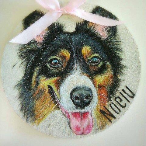 玄関先の看板犬Uo・ェ・oU来年製作予約受付中〜ペット肖像画リアルアートオーダーメイドご予約待ちになります。ご確認くださいませ。