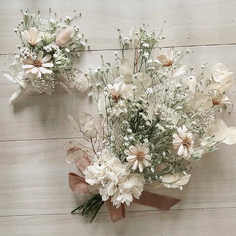 """flower bouquet : """" Joie """" bouquet and boutonniere"""