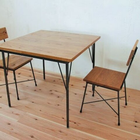 カフェテーブル パイン天板エイジング加工